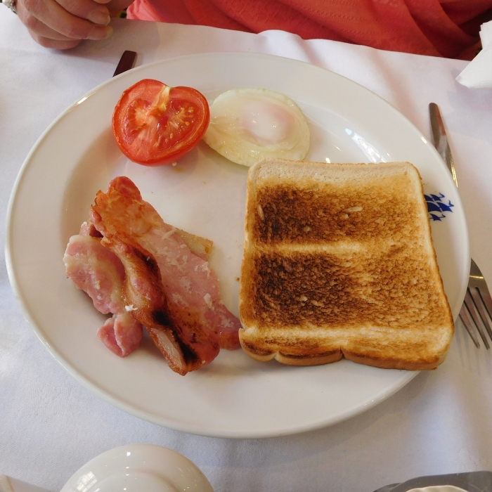 2017/04/06 Breakfast at the President Hotel