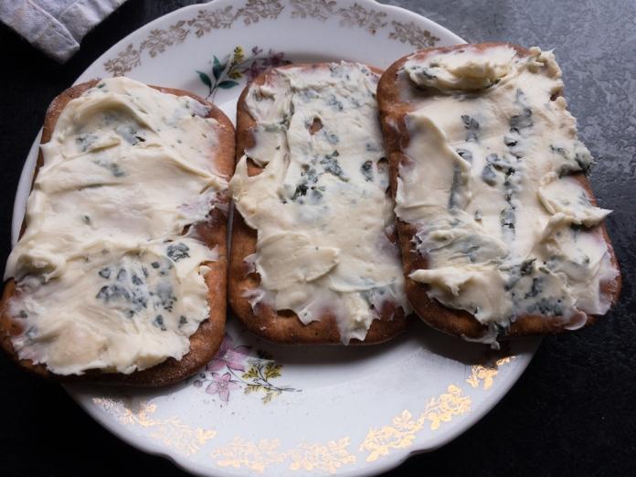 2017-05-17 Dinner Ciabatta and Cheese