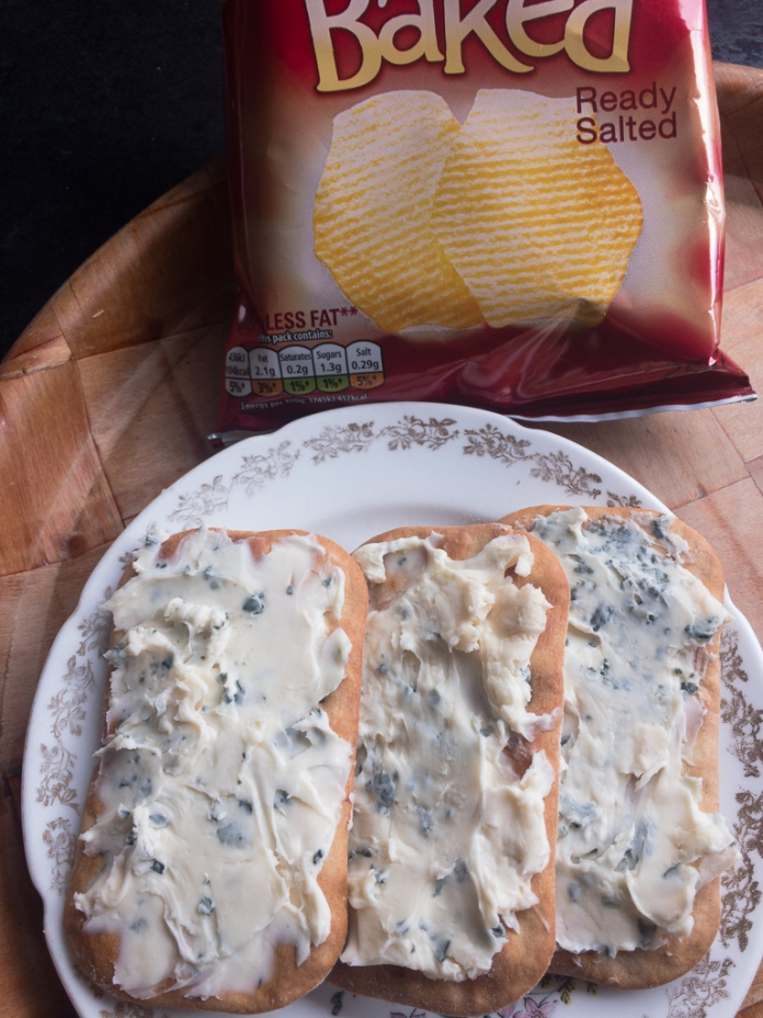 2017-05-18 Lunch. Ciabatta Crackers and Cheese